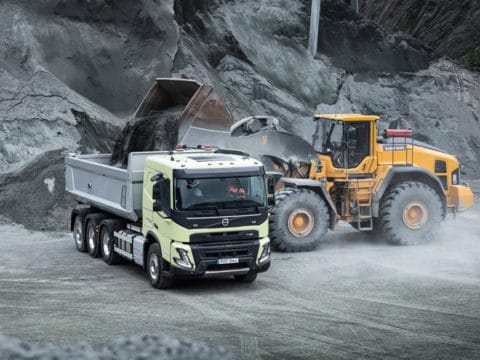 1860x1050 R2A5756 FMX in quarry with CE front loader